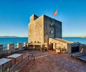 Fonteblanda Villa Sleeps 12 with Pool Air Con and WiFi
