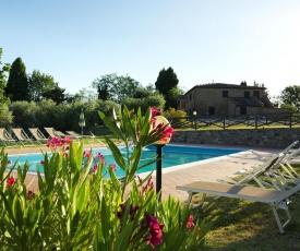 Tasteful Apartment in Gambassi Terme with Pool
