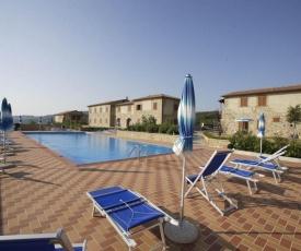 Lajatico Apartment Sleeps 5 with Pool