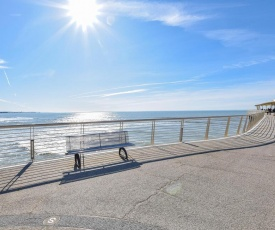 Nice apartment in Lido di Camaiore w/ WiFi and 2 Bedrooms