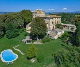 Buonconvento Villa Sleeps 22 Air Con