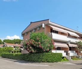 Marina Residence 325S