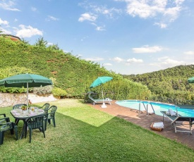 Nice home in Massarosa w/ Outdoor swimming pool and 3 Bedrooms