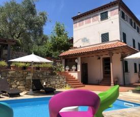 La Libellula- appartamento con piscina sulle colline della Versilia a due passi da Pisa, Lucca e Forte dei Marmi