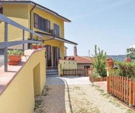 Beautiful home in Camaiore w/ 3 Bedrooms