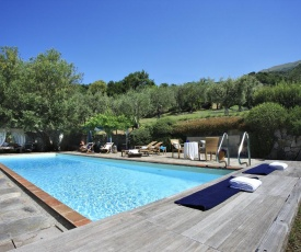 Camaiore Villa Sleeps 10 Pool Air Con