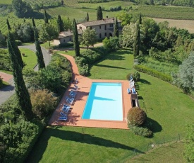 Montaione Apartment Sleeps 8 T242060
