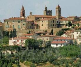 Villa Toscana Verde & Vino Rosso