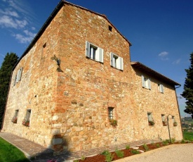 Monteoliveto Villa Sleeps 14 with Pool Air Con and WiFi