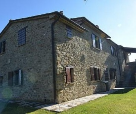Monterchi Villa Sleeps 8 Pool Air Con WiFi