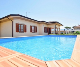 Stunning home in Camaiore w/ Outdoor swimming pool, WiFi and 3 Bedrooms