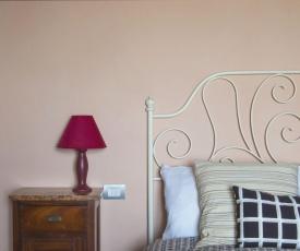 Romantica casina nel borgo vicino Siena