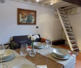 Romantic apt of painter in the heart of chianti
