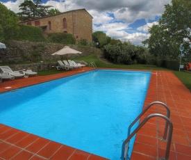 Cozy Holiday Home with Garden in Pergine Valdarno