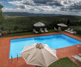 Spacious Holiday Home in Pergine Valdarno with swimming pool