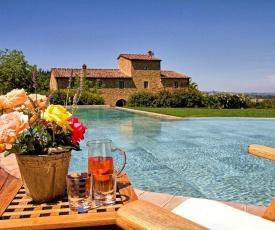 Petrognano Villa Sleeps 16 Pool Air Con WiFi