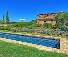 Pienza Villa Sleeps 14 Pool Air Con WiFi