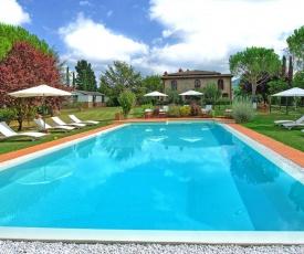 Pieve A Presciano Villa Sleeps 18 Pool WiFi