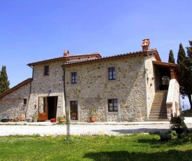 Campiglia d'Orcia Villa Sleeps 14 with Pool and WiFi