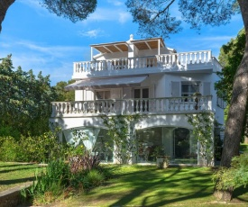 Mediterranea Luxury House