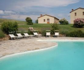 San Casciano dei Bagni Villa Sleeps 12 Pool WiFi