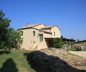 San Casciano dei Bagni Villa Sleeps 6 Air Con WiFi