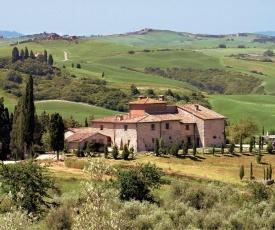 San Gimignanello Villa Sleeps 35 Pool WiFi