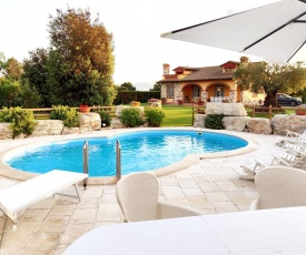 Tuscan Villa exclusive use of private pool A/C Wifi Villa Briciola