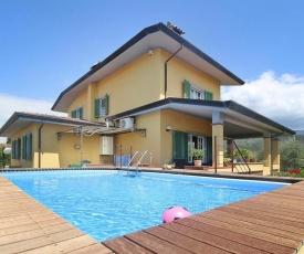 Villa Azzurra Capezzano Pianore - ITO011004-O