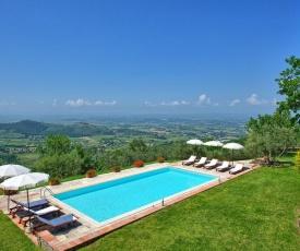 Santa Lucia Villa Sleeps 10 Pool WiFi