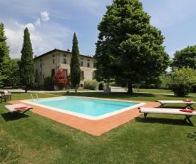 Segromigno in Monte Villa Sleeps 16 WiFi