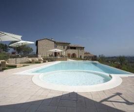 Strada in Chianti Apartment Sleeps 2 Pool Air Con