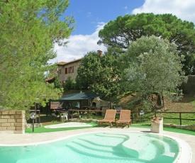 Comfortable Villa in Suvereto with Terraces & Kids Play Area
