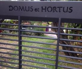 Domus et Hortus