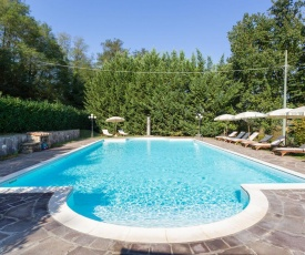 Heritage Medici Villa with Private Pool in Vicchio Tuscany