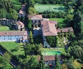 Vorno Villa Sleeps 24 with Pool Air Con and WiFi