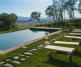 Castiglioncello del Trinoro Villa Sleeps 12 T762720