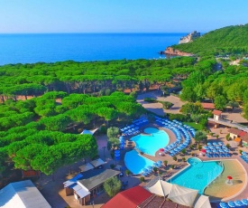 Holiday resort Baia Azzurra Castiglione della Pescaia - ITO031004-MYC