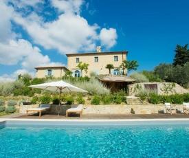 Celle sul Rigo Villa Sleeps 8 Pool WiFi