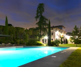 Pleasant Apartment in Certaldo with Swimming Pool