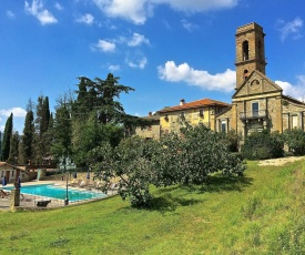 Modern Holiday Home in Ciggiano Italy with Private Pool