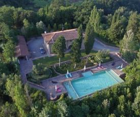 Coiano Villa Sleeps 16 Pool Air Con WiFi