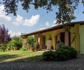Modern Holiday Home in Arezzo Tuscany with garden