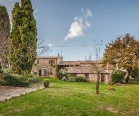Contignano Villa Sleeps 21 with Pool and WiFi