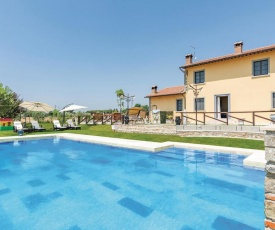 Four-Bedroom Holiday Home in Cortona