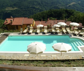 Appealing Holiday Home with Swimming Pool in Cutigliano