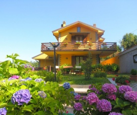 Modern Holiday Home in Cutigliano with Pool