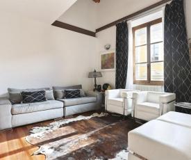 Elegant Duomo Apartment