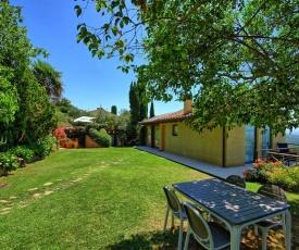 Badia a Passignano Villa Sleeps 4 Pool Air Con WiFi