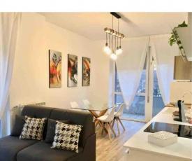 Lumina Apartment & free parking